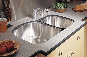 Undermount Sink in Laminate Countertop